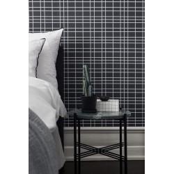 Black & White 6068